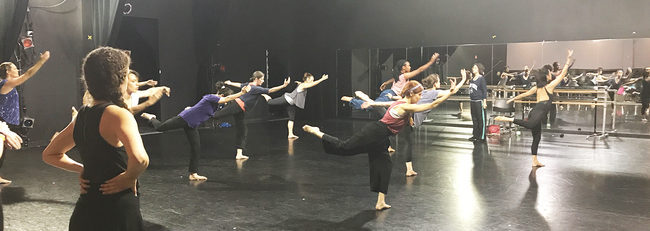Adult Contemporary Dance Class